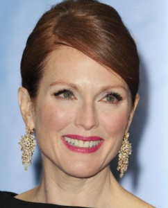 Julianne Moore golden globes Awards 2013 best of beauty