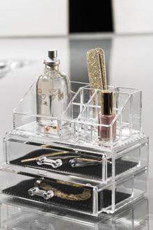 solde rangement make up sur vente priv e addictshoppeuse. Black Bedroom Furniture Sets. Home Design Ideas