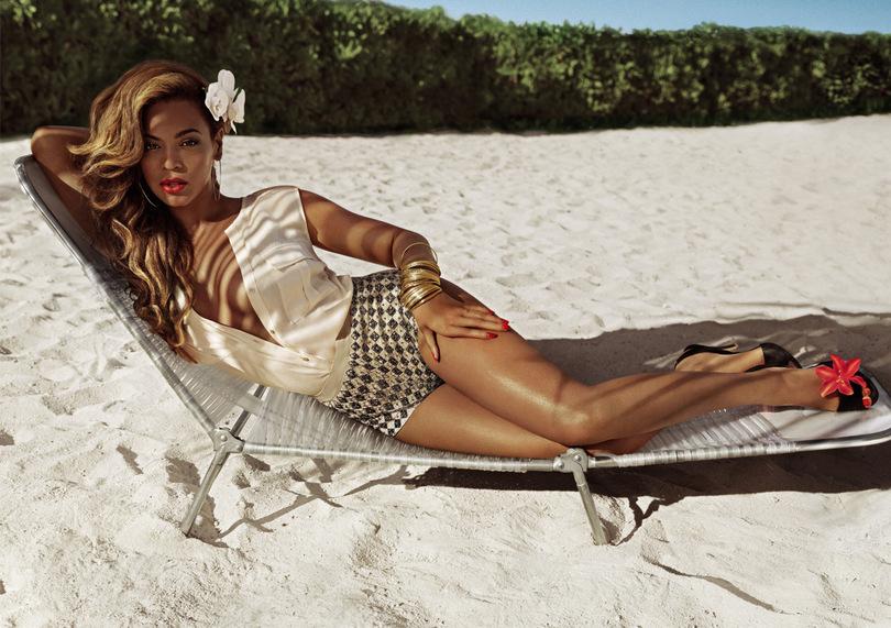 Mode-ete-Beyonce-pose-pour-H-M_exact810x609_l