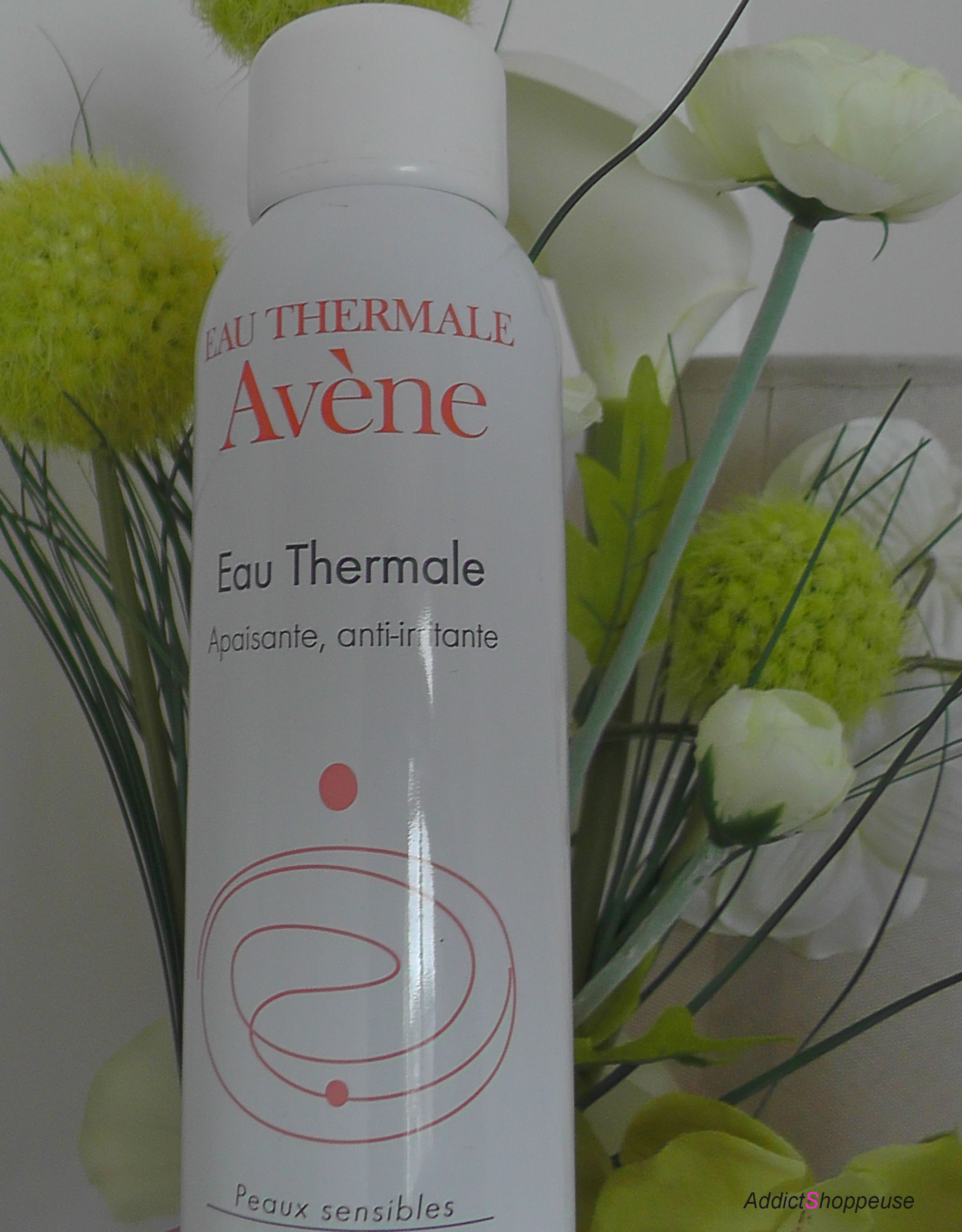 how to use avene thermal water spray