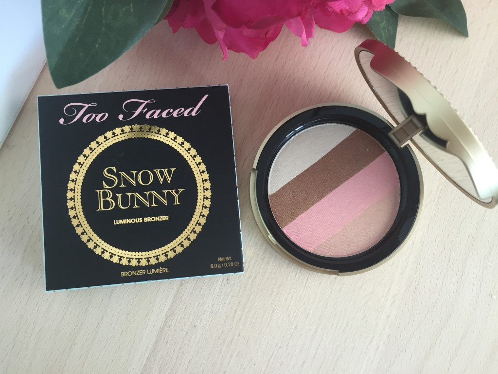 BRONZER SNOW BUNNY TOO FACED