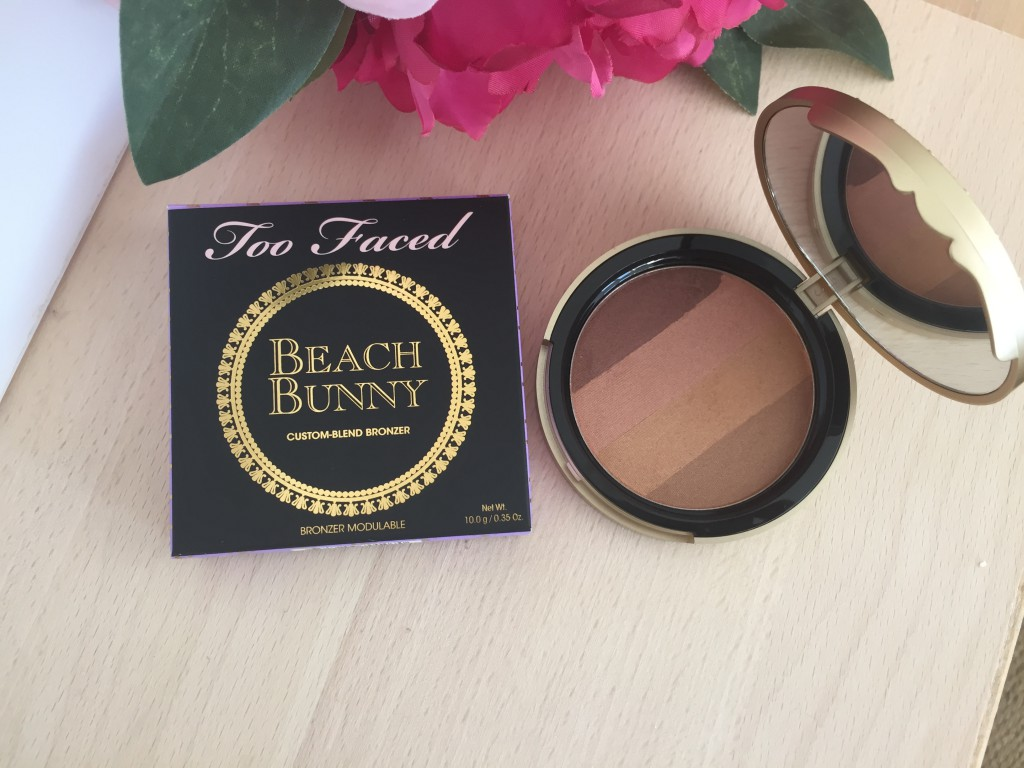 BRONZER BEACH BUNNY TOO FACED