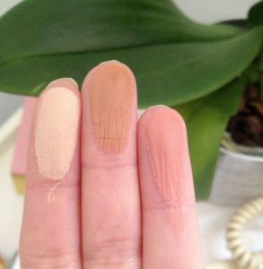 swatchs palette contouring clarins