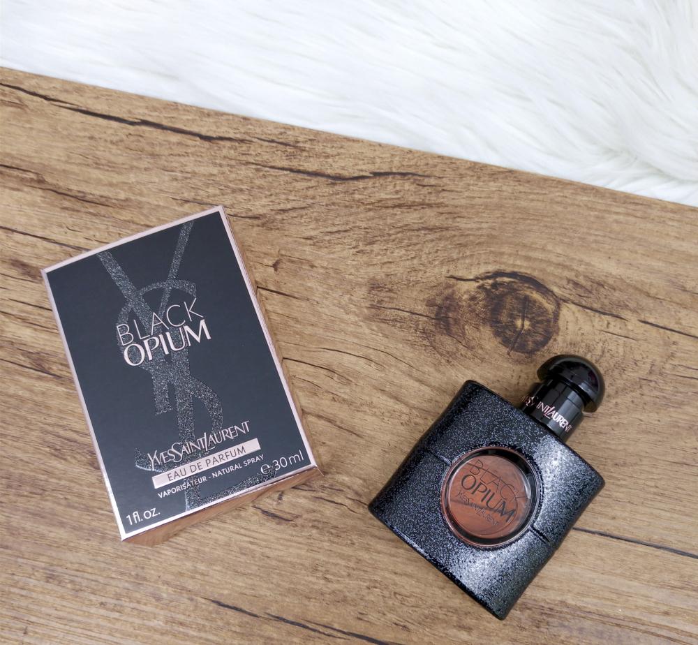 idées cadeaux fête des mères parfum black opium