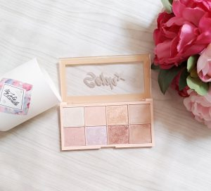 palette highlighter soph'x collection makeup revolution