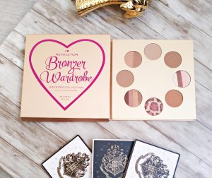 Bronzer wardrobe makeup révolution