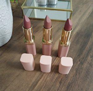 Color Riche Rouge à Lèvres Ultra Mat Free The Nudes L'oréal